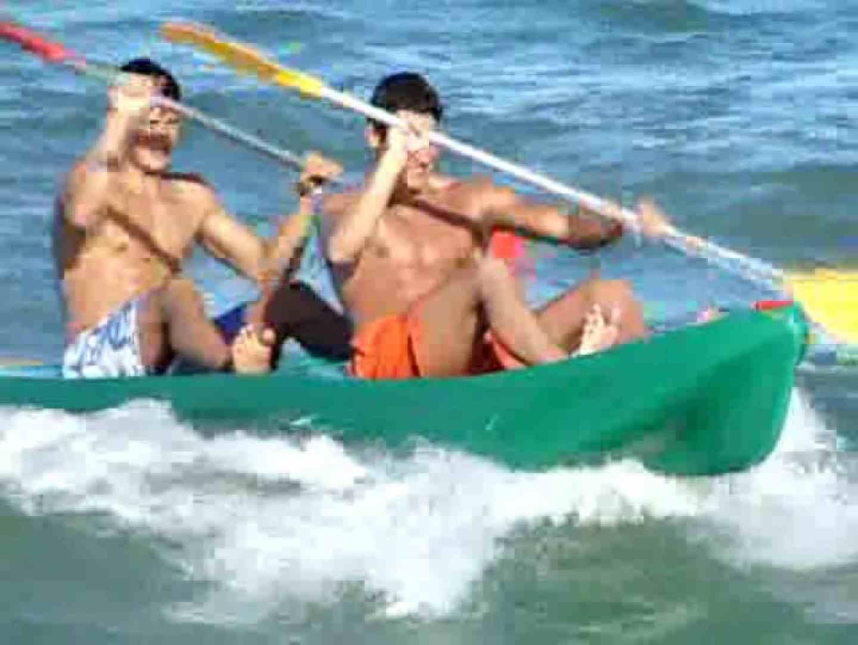 キレイな海岸沿いのビーチで発情してしまった若者達。 白人   ボーイズカップル  53pic 36
