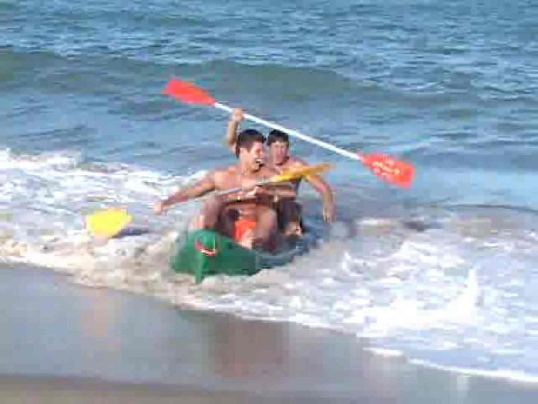 キレイな海岸沿いのビーチで発情してしまった若者達。 白人   ボーイズカップル  53pic 37
