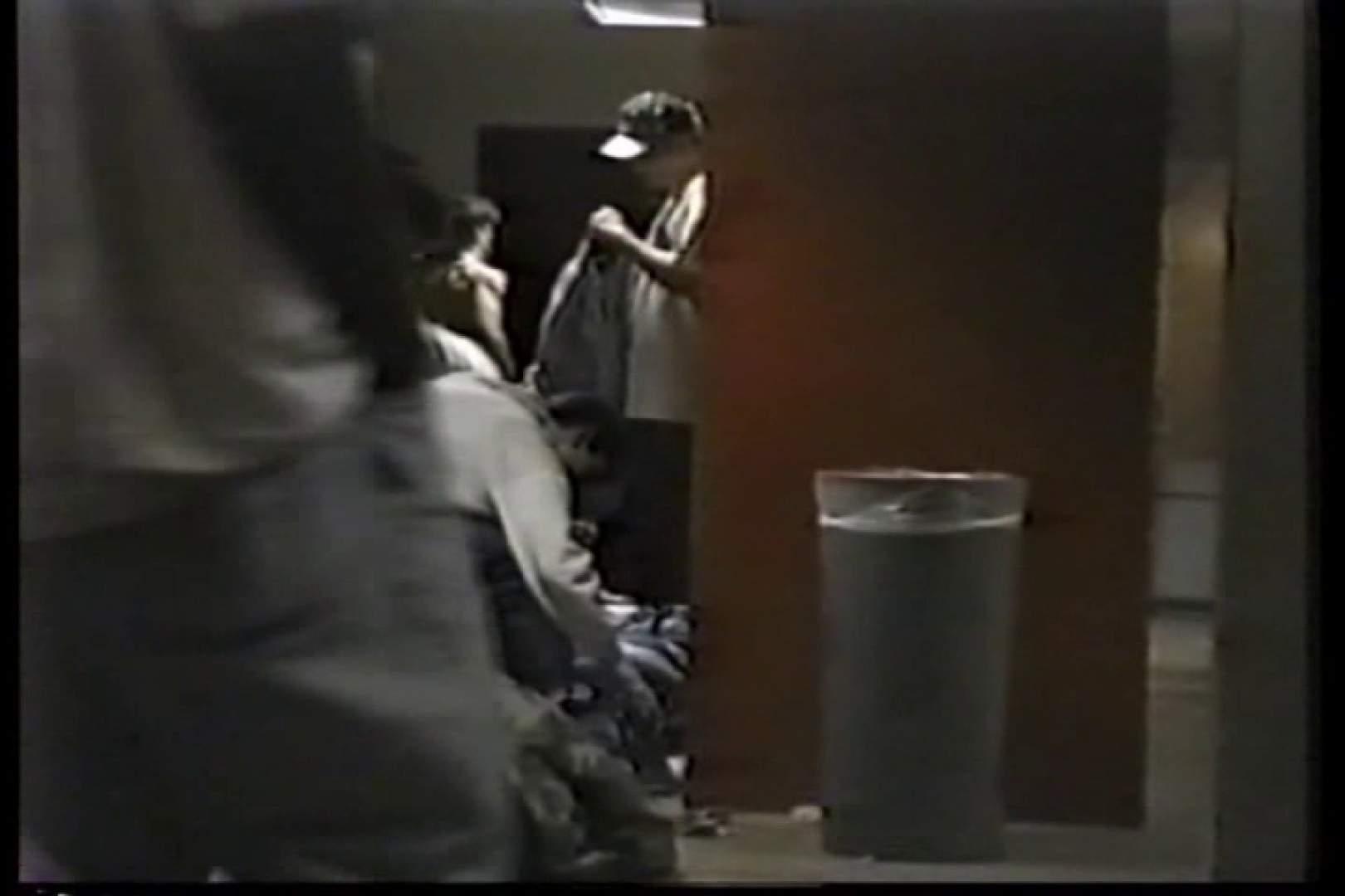 洋人さんの脱衣所を覗いてみました。VOL.3 男天国 | 0  109pic 98