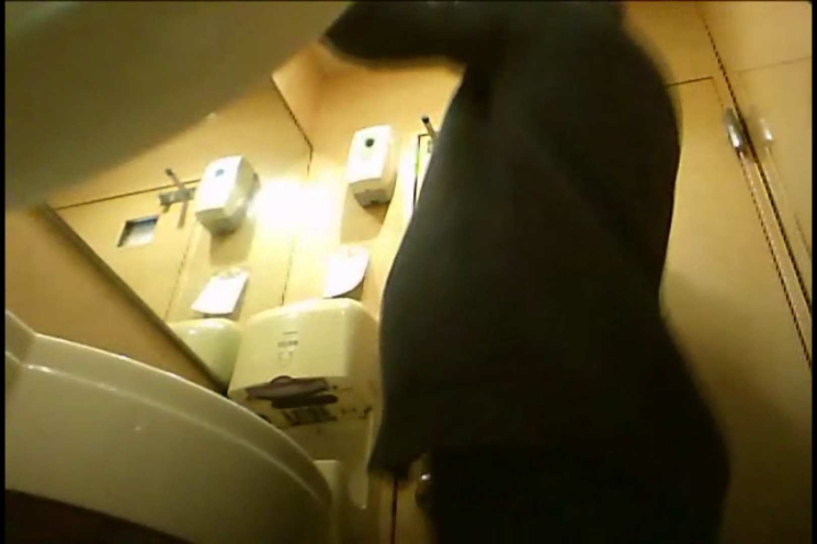 Gボーイ初投稿!掴み取りさんの洗面所覗き!in新幹線!VOL.01 スーツボーイズ | 男天国  103pic 19