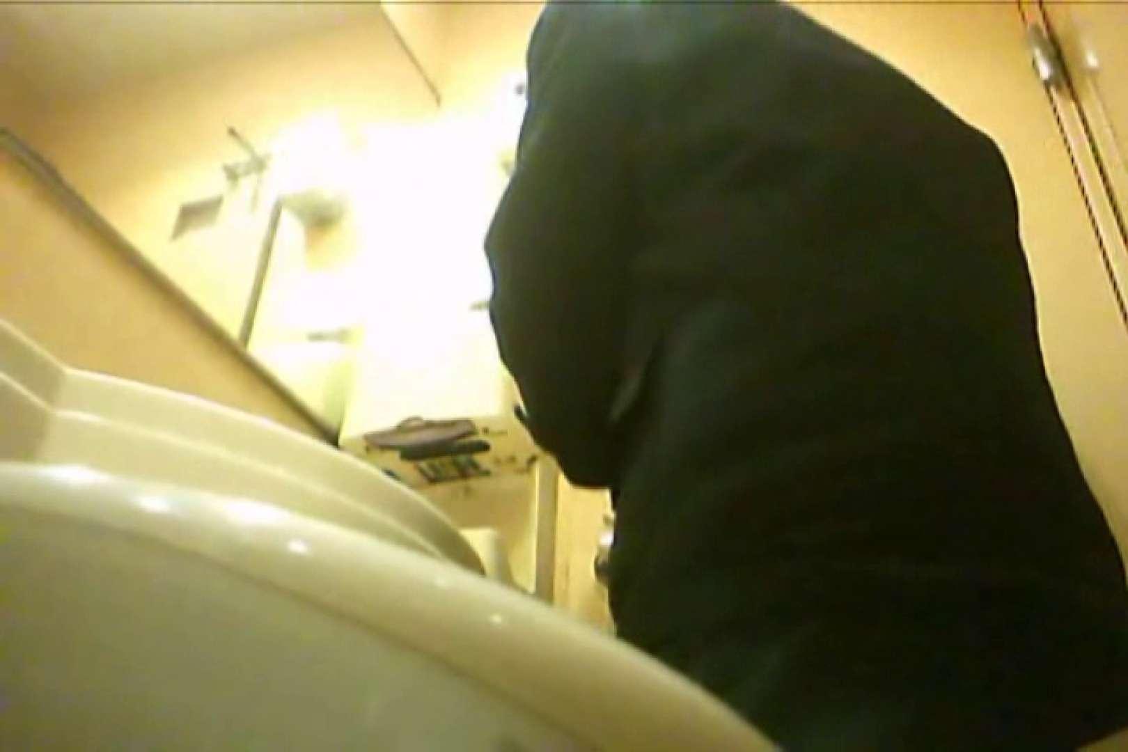Gボーイ初投稿!掴み取りさんの洗面所覗き!in新幹線!VOL.17 スーツボーイズ | スジ筋系ボーイズ  104pic 92