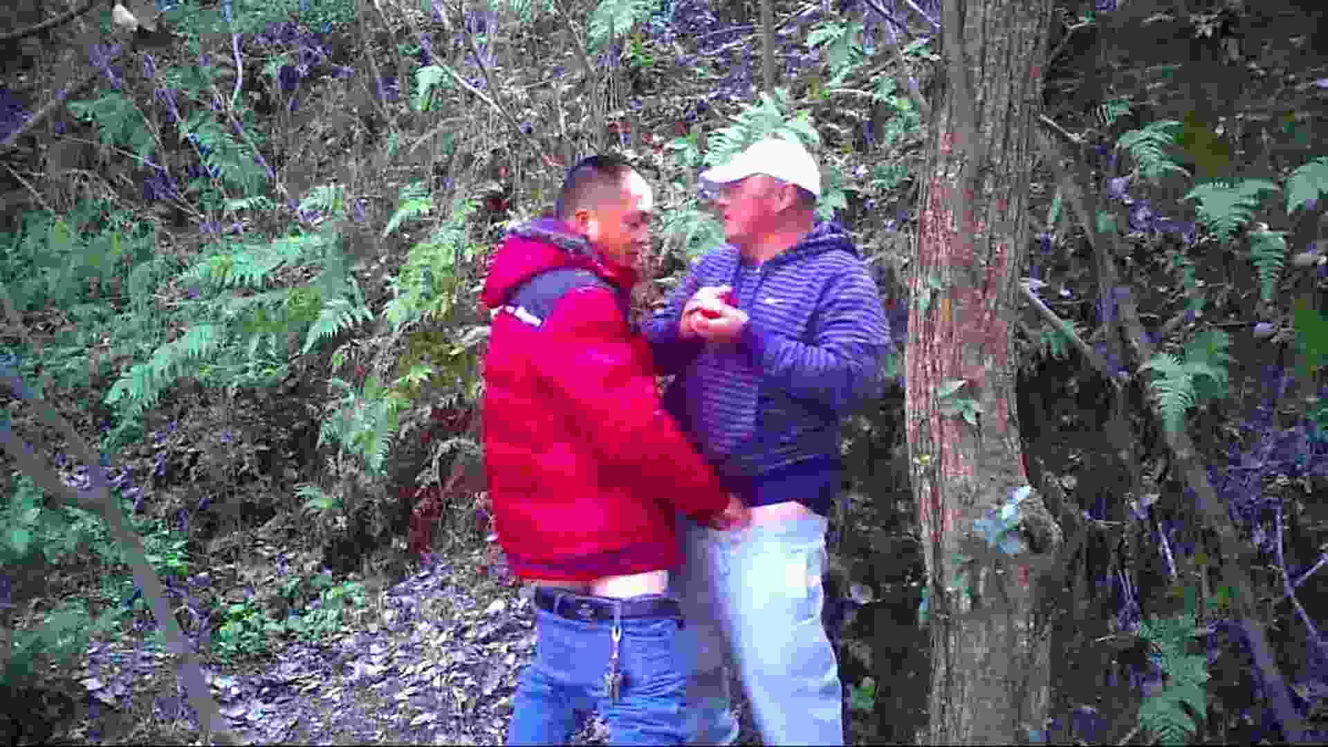 熊おじさんの秘め事 フェラDE絶頂   野外・露出  110pic 69
