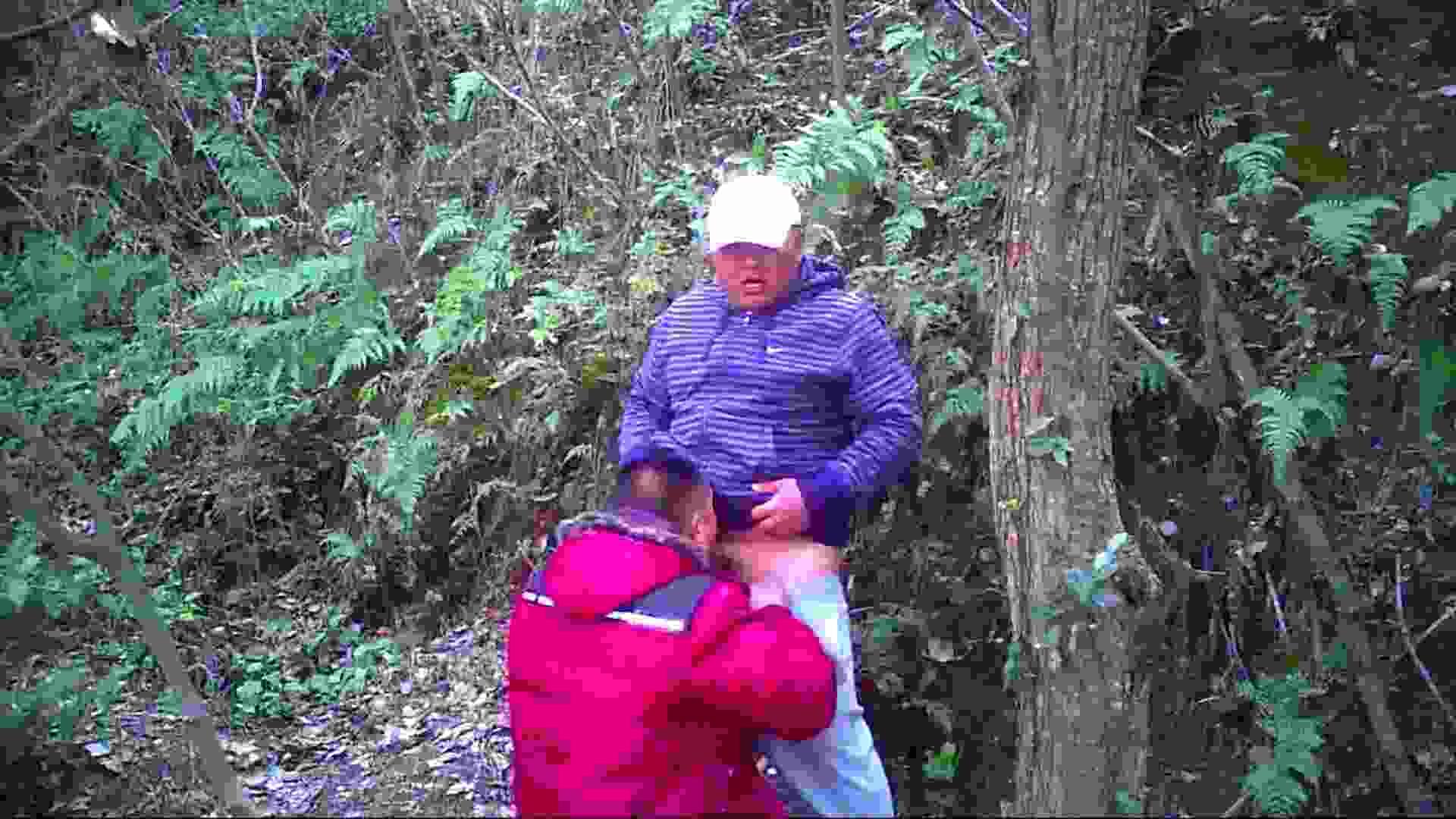熊おじさんの秘め事 フェラDE絶頂   野外・露出  110pic 80